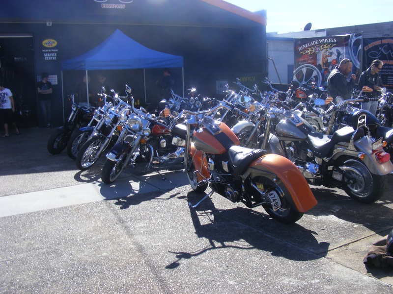 Ozbike visit Chuck , Jo & Danny 666